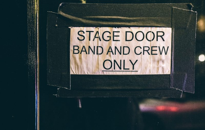 Backstage2-min(1)