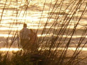 beach-couple-1309941